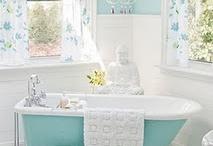 Bathroom / by Freya Hussey