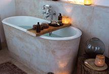 Interiors :: Bath / by Daily Poetics // Kariann Blank