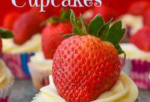Yummy desserts!! / by Heather Gibbs Bonner