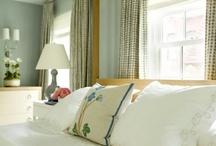 a room to sleep in - guests / by Lyndie Dragomir