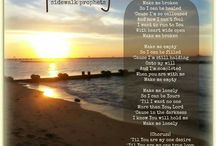songs I love / by Jenny Miller Duvall