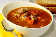 Soups and Stews / by Hannah Hammond