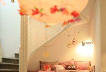 bedrooms / by Alejandra Ramirez