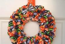Wreaths / by Tanya Gilbert