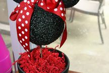 Minnie/Mickey Mouse Birthday party / by Angie Rogers