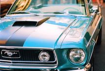 Classic and Vintage Cars / by Julian Olckers