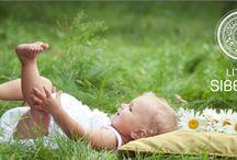 Natural Baby / Pasgeboren baby's zijn erg gevoelig voor onnatuurlijke producten. Hun immuunsysteem is immers nog niet volledig ontwikkeld. En waar moet je rekening mee houden tijdens je zwangerschap? Ontdek het bij Miss Natural! / by Miss Natural Lifestyle