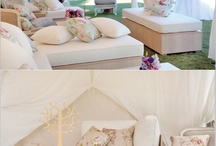 Wedding lovers lounge / by Chic Weddings