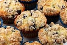Muffins and Cupcakes / Recipes for Cupcakes and Muffins  / by Maye Isla Torres