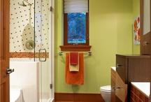 small bath ideas / by Sara Iannuzzi