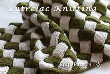 Knitting / by Lisa Gornatti