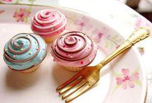 Cupcakes / by Jessica Delgado