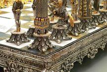 chess sets / by Roula Sukkar
