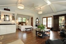 Garage/carriage house / by Traci Yates