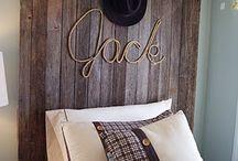 Bedroom Ideas / by Catherine Drummond