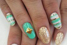 Nails  / by Laura Steinlen