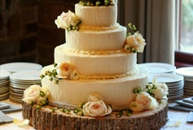 Rustic Wedding Cakes & Cake Toppers / by Dreme Cake Artistry