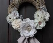 Wreaths / by Laura Mirtillo