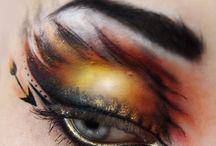 Eye Makeup / by Gillian Nowlan