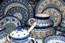 Polish Pottery Makes Me Happy / by Cris .