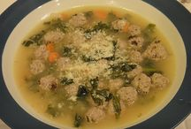Food - Soups / by Paula Pereira
