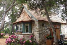 Tiny house's / by Lori Jackson