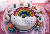 Cakes y fiestas / by Melisa Heyn