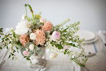 Wedding Bouquets & Accessories / by Meng Jin