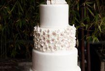 Cakes / by Sweet Emilia Jane