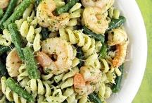 Recipes: Main Dishes / by Kimberly Leibold