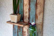 DIY Pallet Projects / by Debbie Leffler