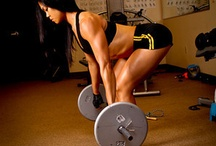 Women Weight Lifting and Fitness / by Sophie Young