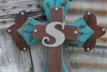 crosses / by Lorena H Rodriguez