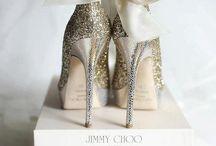 Shoesss / by Valerie Lavoie-LeBlanc