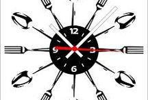 'clocks / by CARLIANE CRISTINA VAZ