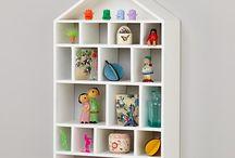 Doll Displays / by Rhea D