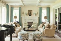living rooms / by Fabiana