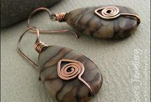 Jewelry Projects Wish List Earrings / by Marybel Landrau