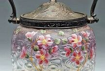 Biscuit jars.... / by Kathywatts