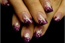 nails / by Toone Berge