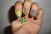 Nails! / by Cheyenne Dunbar