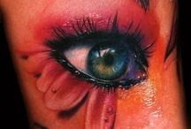 Make up / by Nicole Caballero