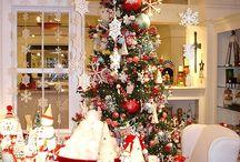 Holidays / by Kari Assed