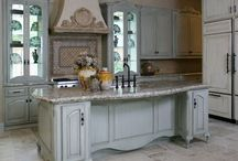 Kitchens, the heart of the home / by Lisa Muenstermann