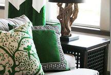 Green + Monochrome Trend / by Sian Elin