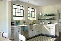 Kitchens / by Samantha Millard