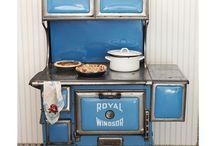 Vintage stoves / by Karin Reid