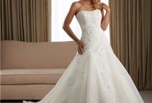 Dream Wedding Ideas / by Katie Gabriele