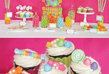 Birthday Parties / by Shantelle Smith