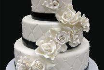 Wedding Cake / by Michelle Ferguson